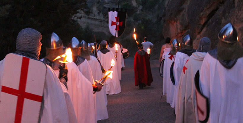 El homenaje a Guillem de Montrodón en Monzón (Huesca)